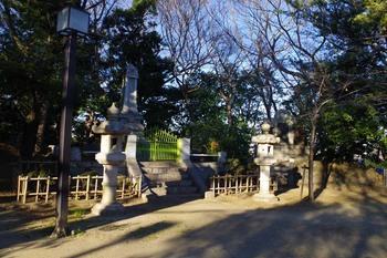 亥鼻公園の記念碑(2016年1月9日)その2.jpg