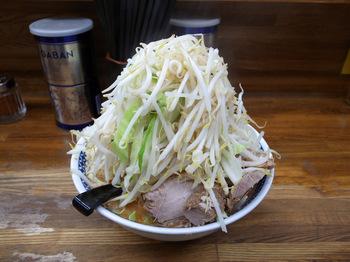 小ラーメン(ヤサイニンニクマシマシ2015年11月).jpg